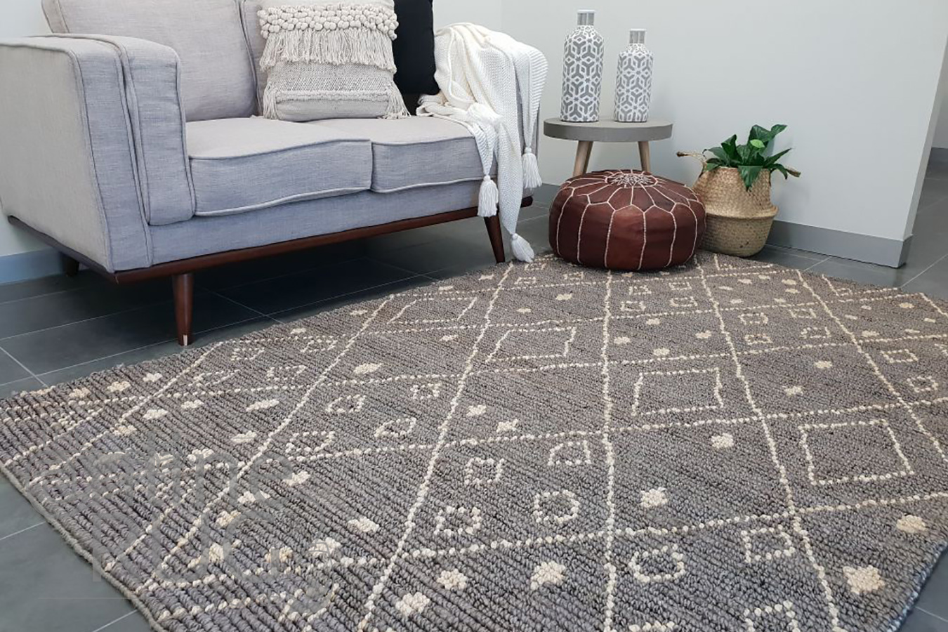 Serengeti Natural Grey Tribal Jute Rug