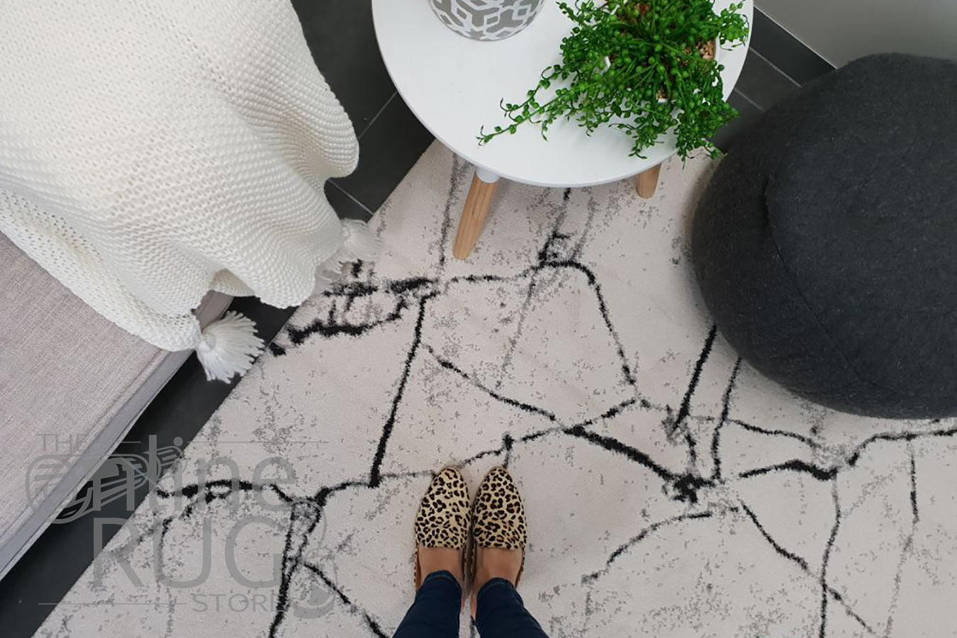 Sienna Ivory Abstract Lines Rug